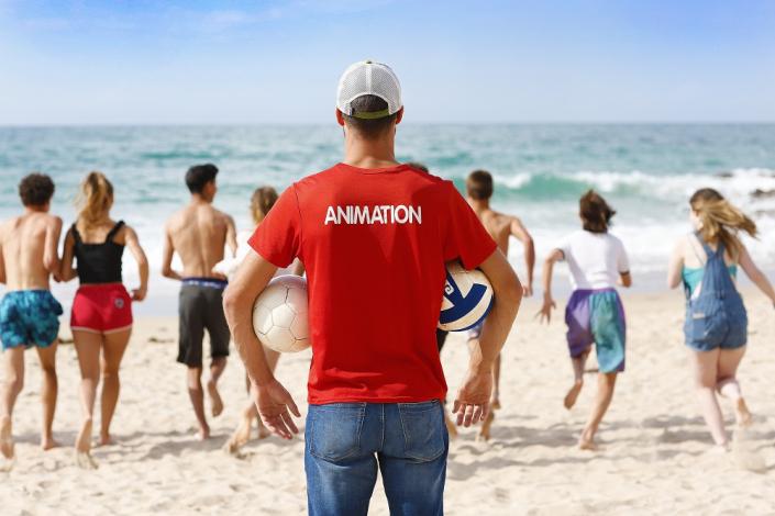 Animation activités de plage pour les familles